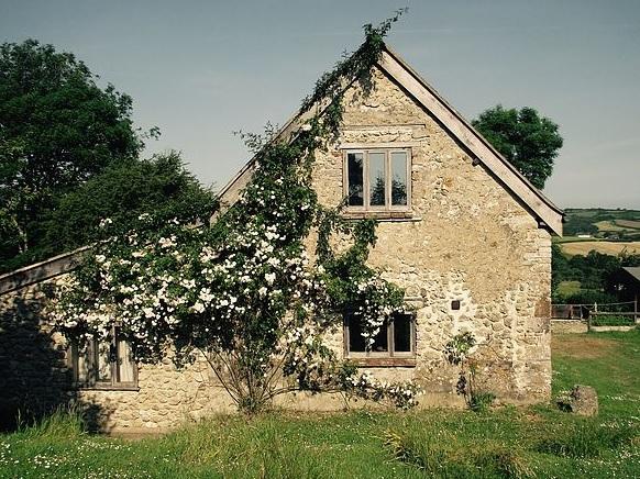 Fern Down Farm Barn and Cottage_1