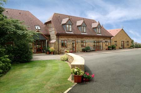 Arbor Holiday and Knightcote Farm Cottages
