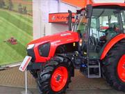 LAMMA 2017: Kubota show off M5001 series and MGX tractors