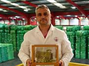 British Wool's Head Grader wins trophy for his support and knowledge