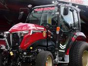 Manchester United and machinery giant Yanmar unveil co-branded tractor
