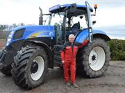 Farmer who fell off tractor emphasises height safety