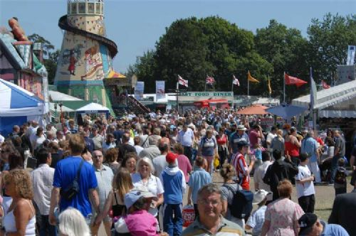 Businesses prepare for 80,000 show visitors