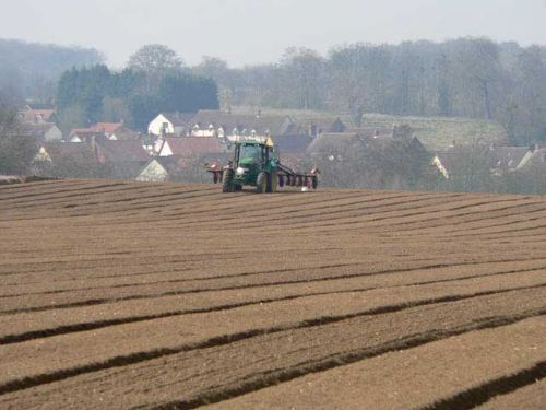 UK farming still not sustainable, report shows