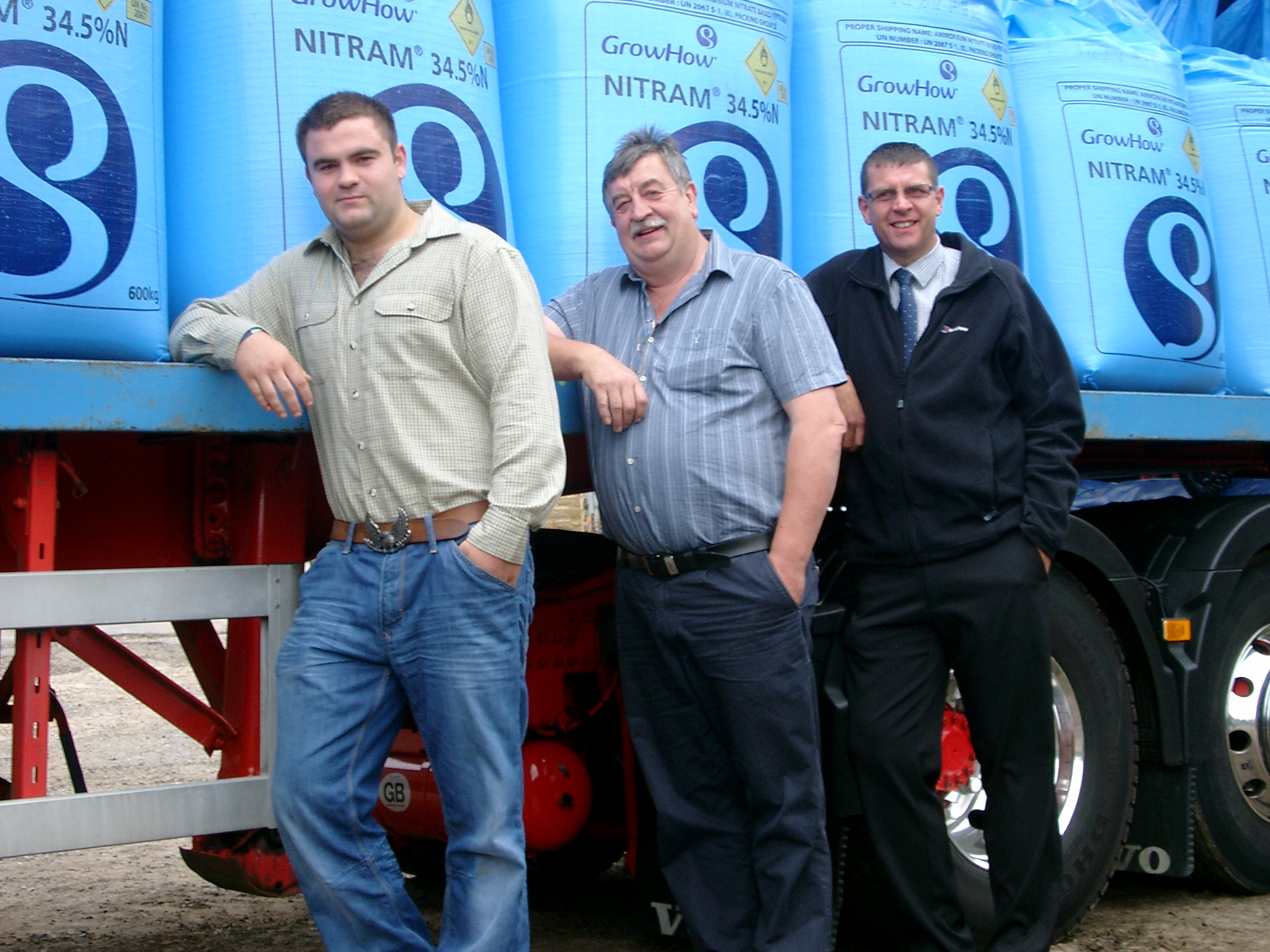 1.Left to right, winner Robert Wheelhouse with his father John Wheelhouse and Dave Towse GrowHow Business Adviser.