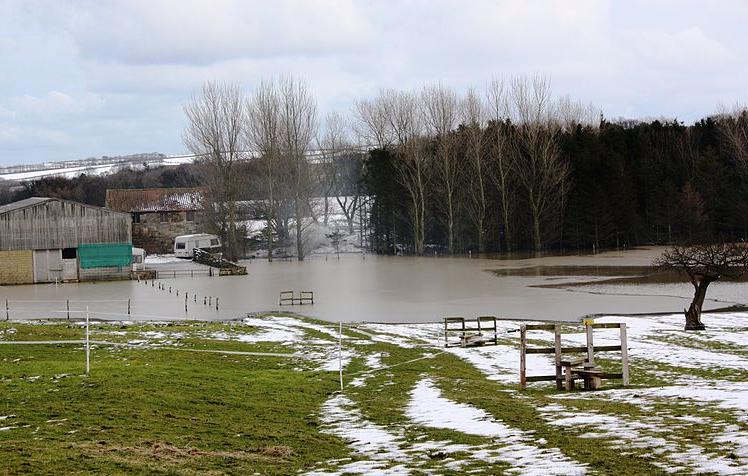 Unite to protect farmland from flooding, NFU warns