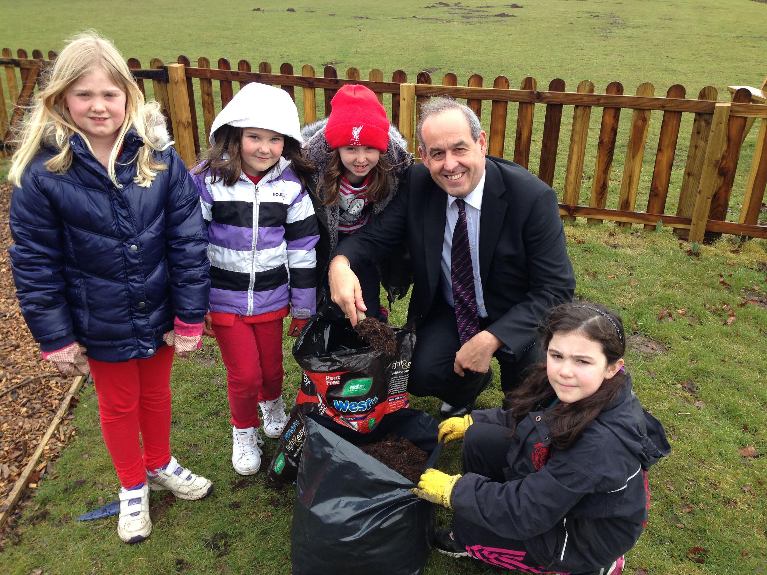 David Hanson MP with Nannerch Primary School pupils