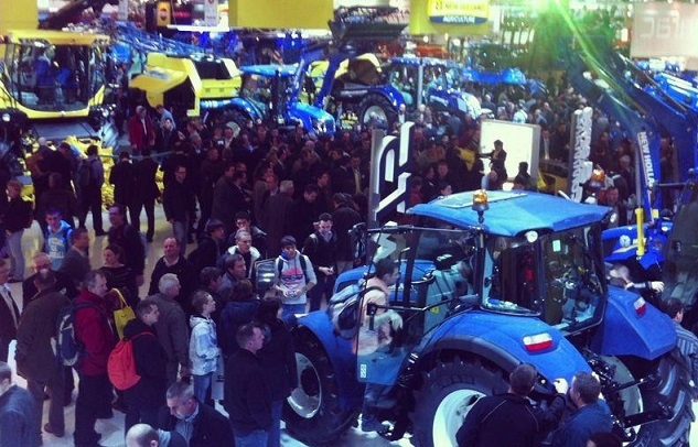 New Holland dealers celebrate awards success