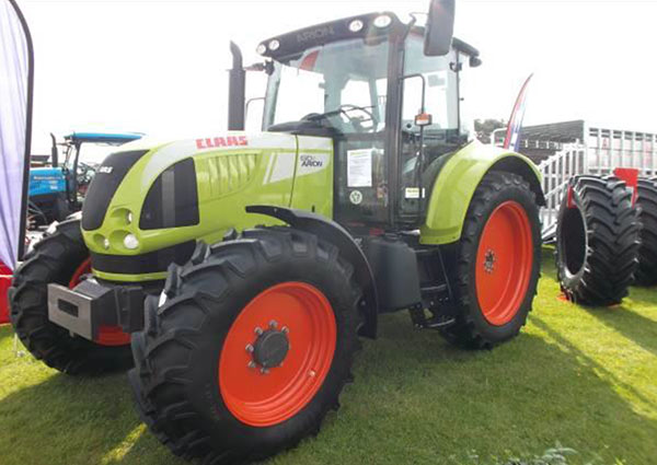 Mitas row-crop tyres fitted to leading vegetable grower's Claas fleet