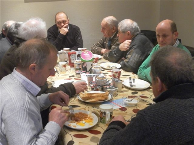 Aled Rees at the head of the table discussing CAP with local farmers.