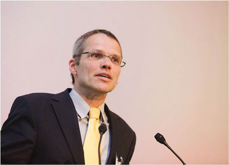 Dr Knut Niebuhr