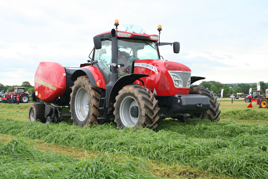 McCormick X7.660 Pro Drive has 165hp for draft work, 175hp for pto and transport.