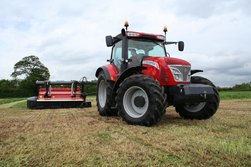 Four-cylinder models include this McCormick X7.450 Pro Drive with 160hp for all operations.