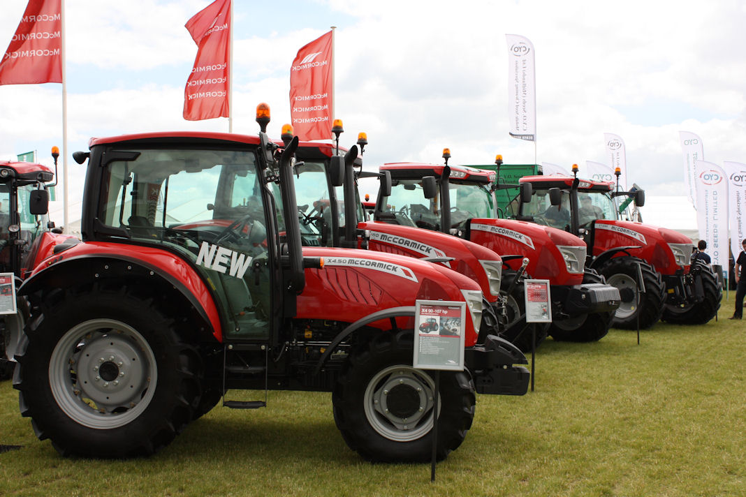 The new 90hp McCormick X4.50 lines up alongside the four- and six-cylinder X7 Pro Drive tractors at the Cereals Event.