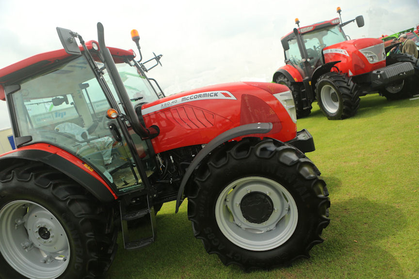 The new McCormick-TRP partnership was revealed when McCormick X50 and X7 Pro Drive tractors featured on the TRP stand at the Lincolnshire show.