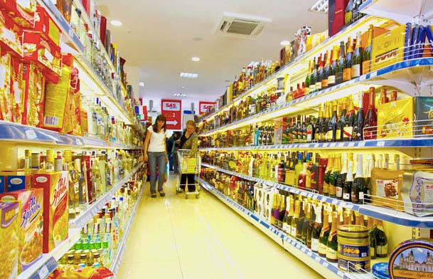 Supermarket competition on prices 'risks...
