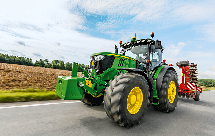 New John Deere machinery to be shown at LAMMA