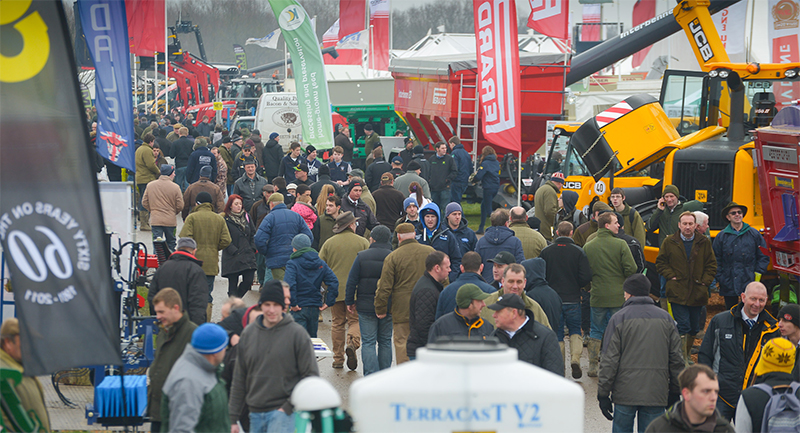 Crowds flock to LAMMA 2015