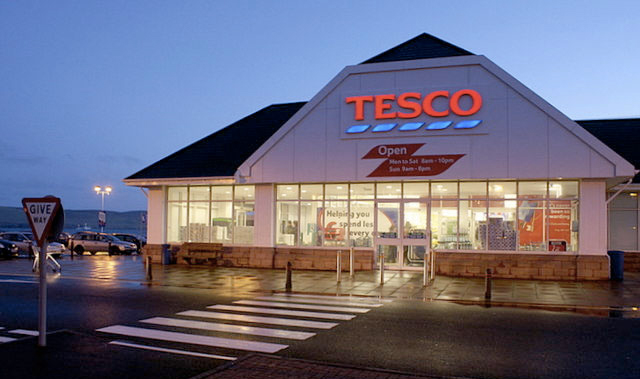 Grocery market accelerates and Tesco returns to growth
