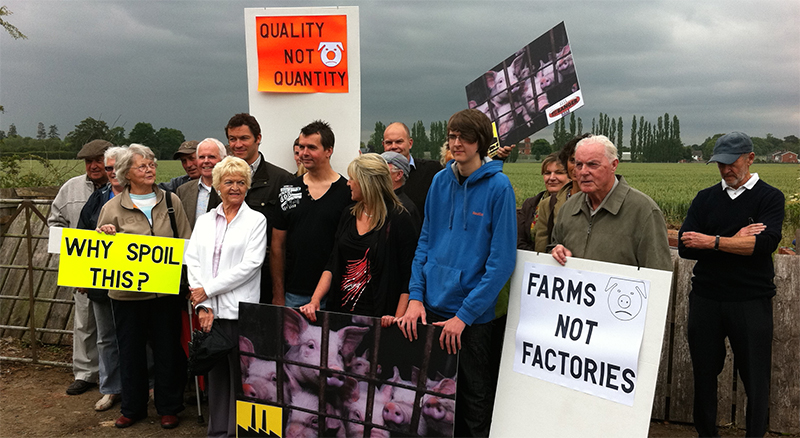 Actor Dominic West at Foston demo
