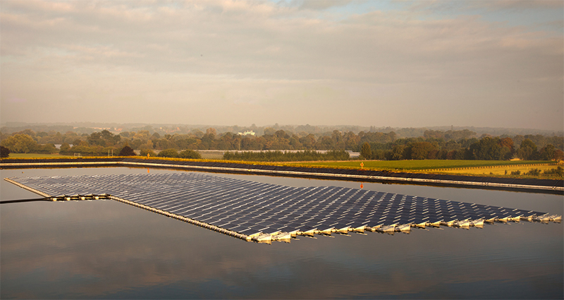UK's first floating solar power system l...