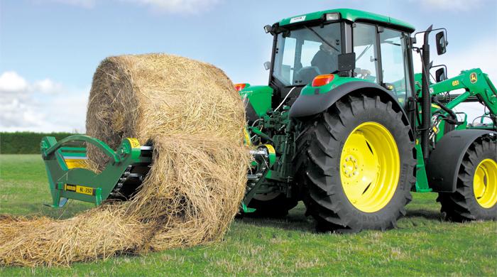Farm Tractor Electronics : Leading agri machinery dealer says advanced electronics