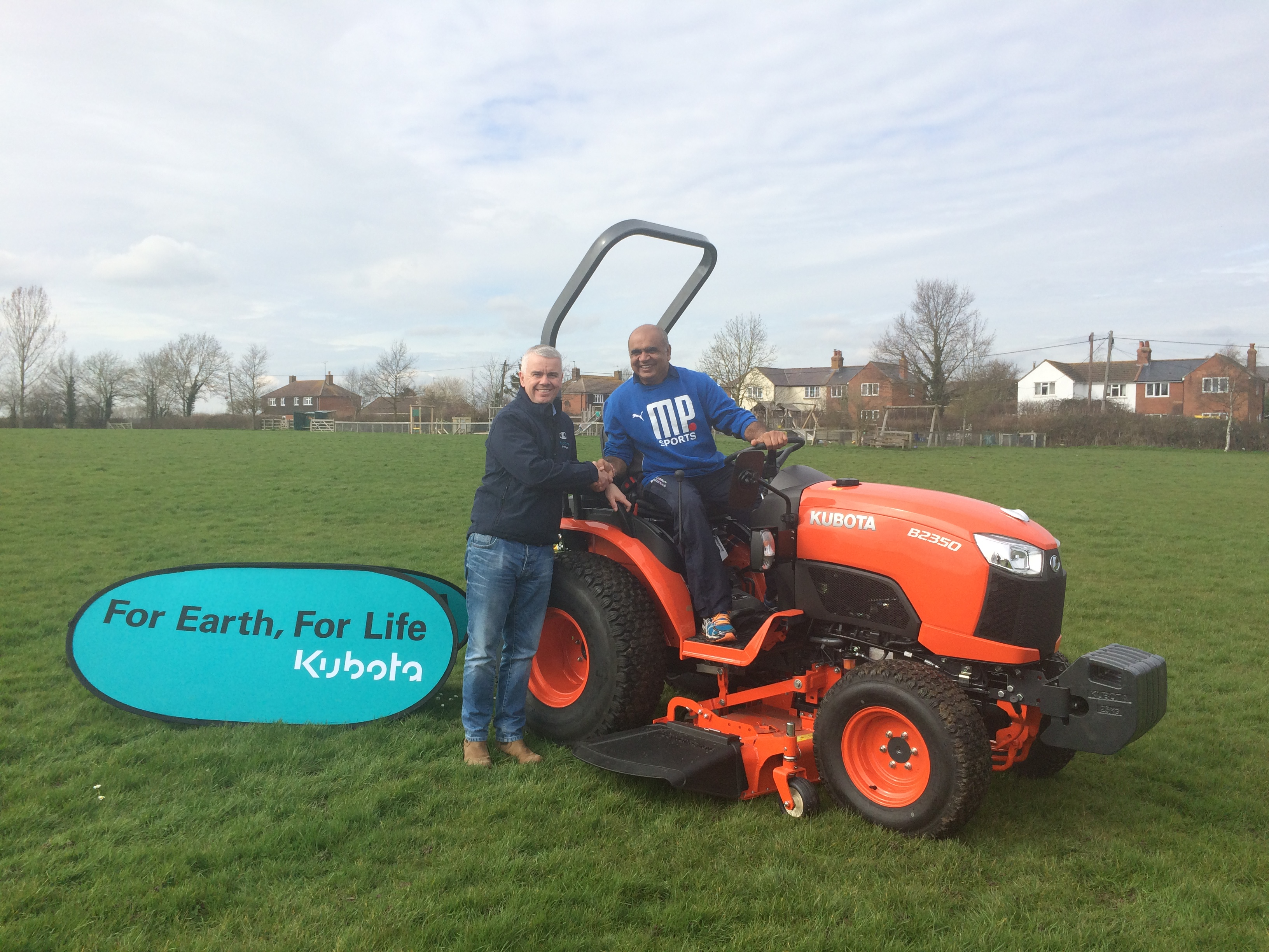 Farming Uk News Thame Cricket Academy Bowled Over By