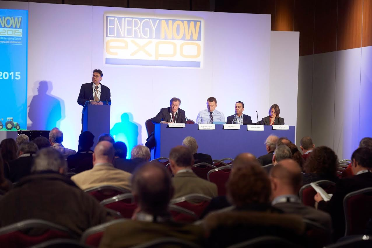 Renewable energy shifts debated at leading agricultural event