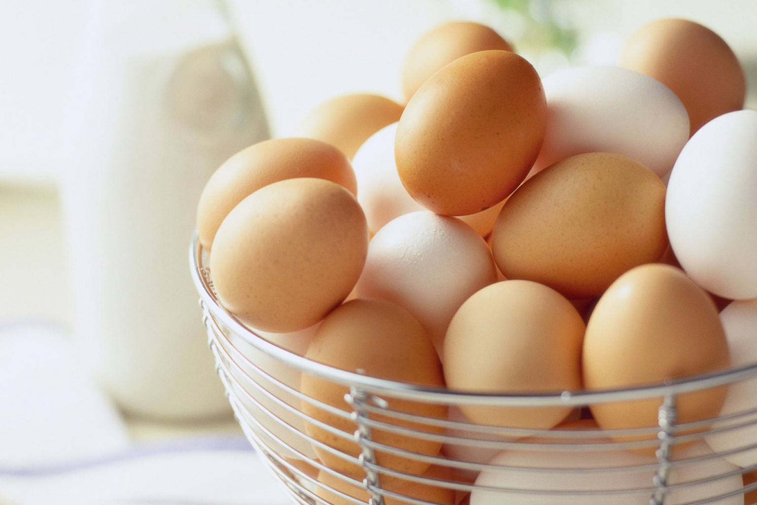 French multinational company Sodexo to source cage-free only eggs by 2025