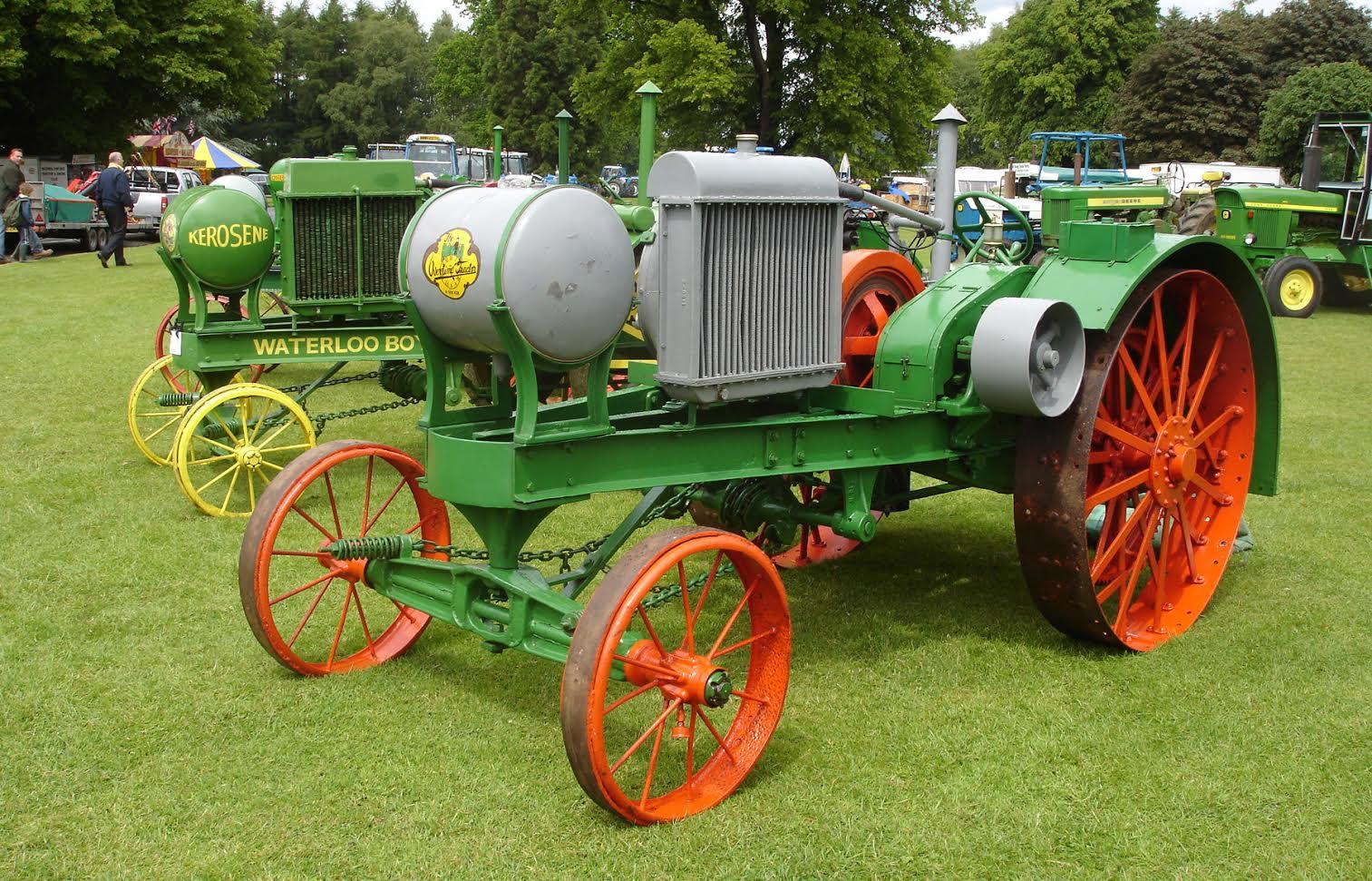 John Deere To Celebate 100 Years Of Tractors At 50th