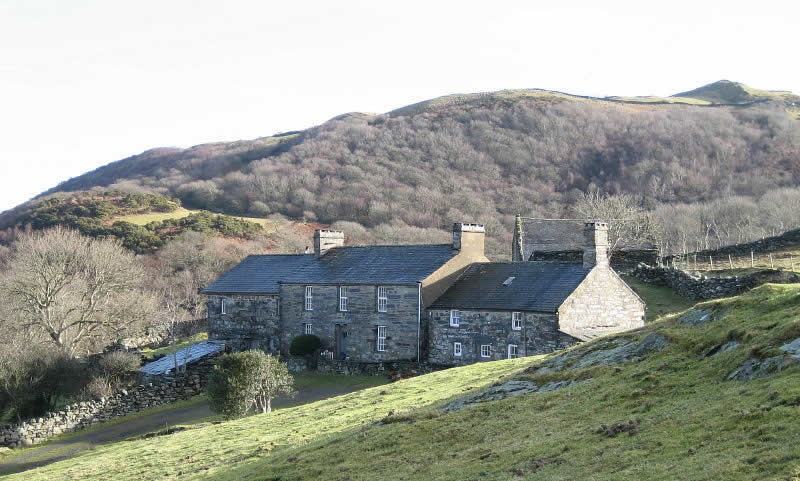 Treasury 'must address negative interest threat' for compulsory purchase late payments