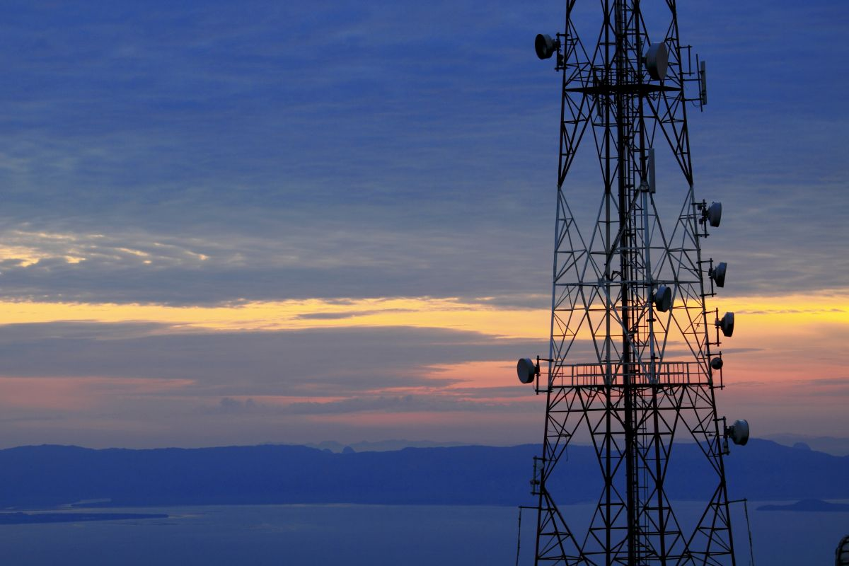 Window of opportunity to review phone mast agreements ahead of radical reforms