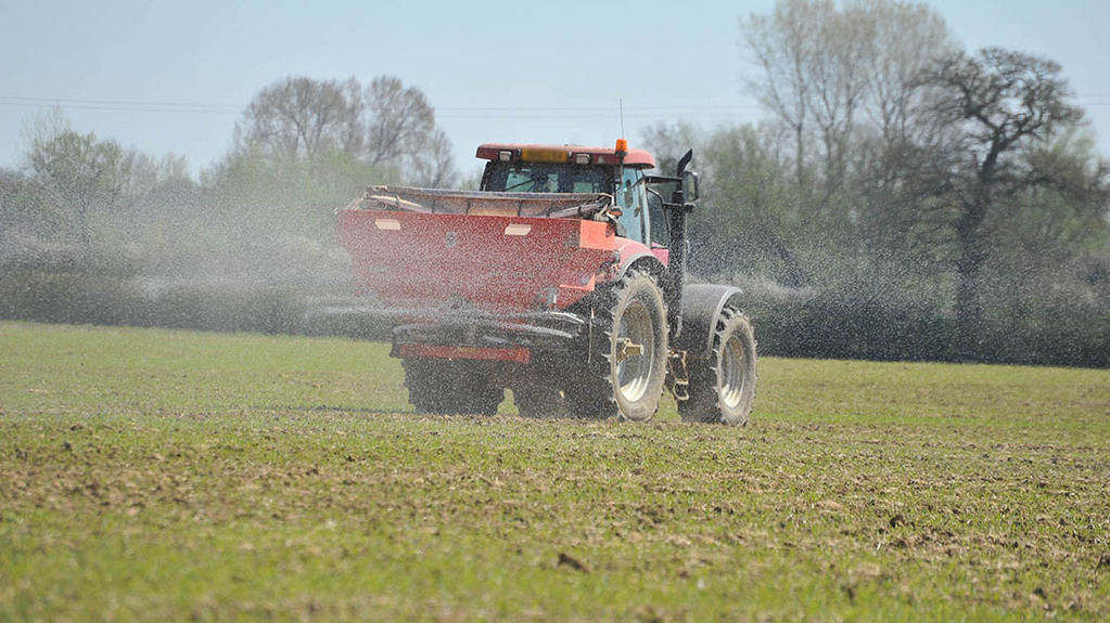 'Draconian' EU laws limiting levels of cadmium in fertilisers rallies industry to support Brexit