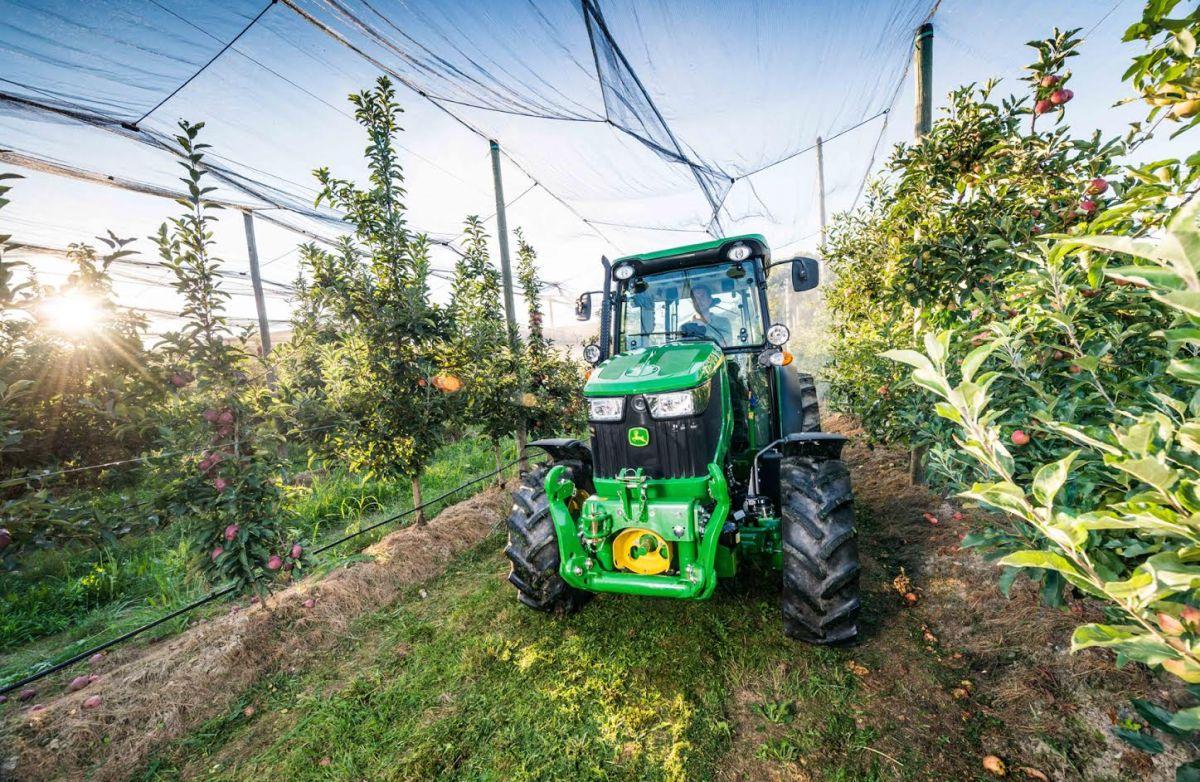 New John Deere 5GF Series tractor