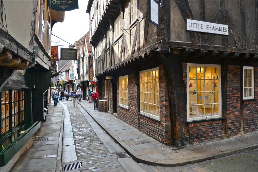 Ancient city of York to bring back a monthly farmers' market