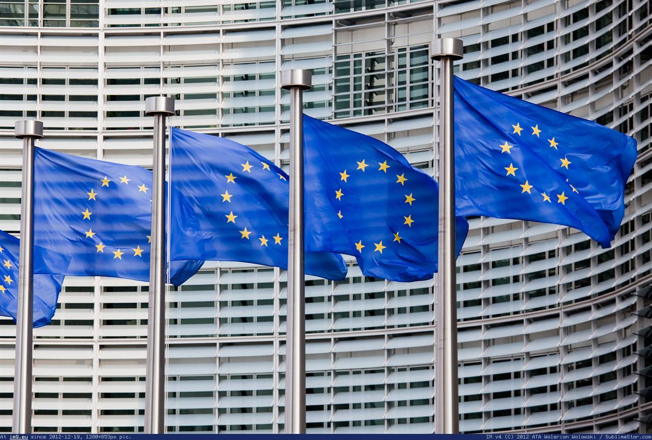 MEPs back EU-Canada trade agreement