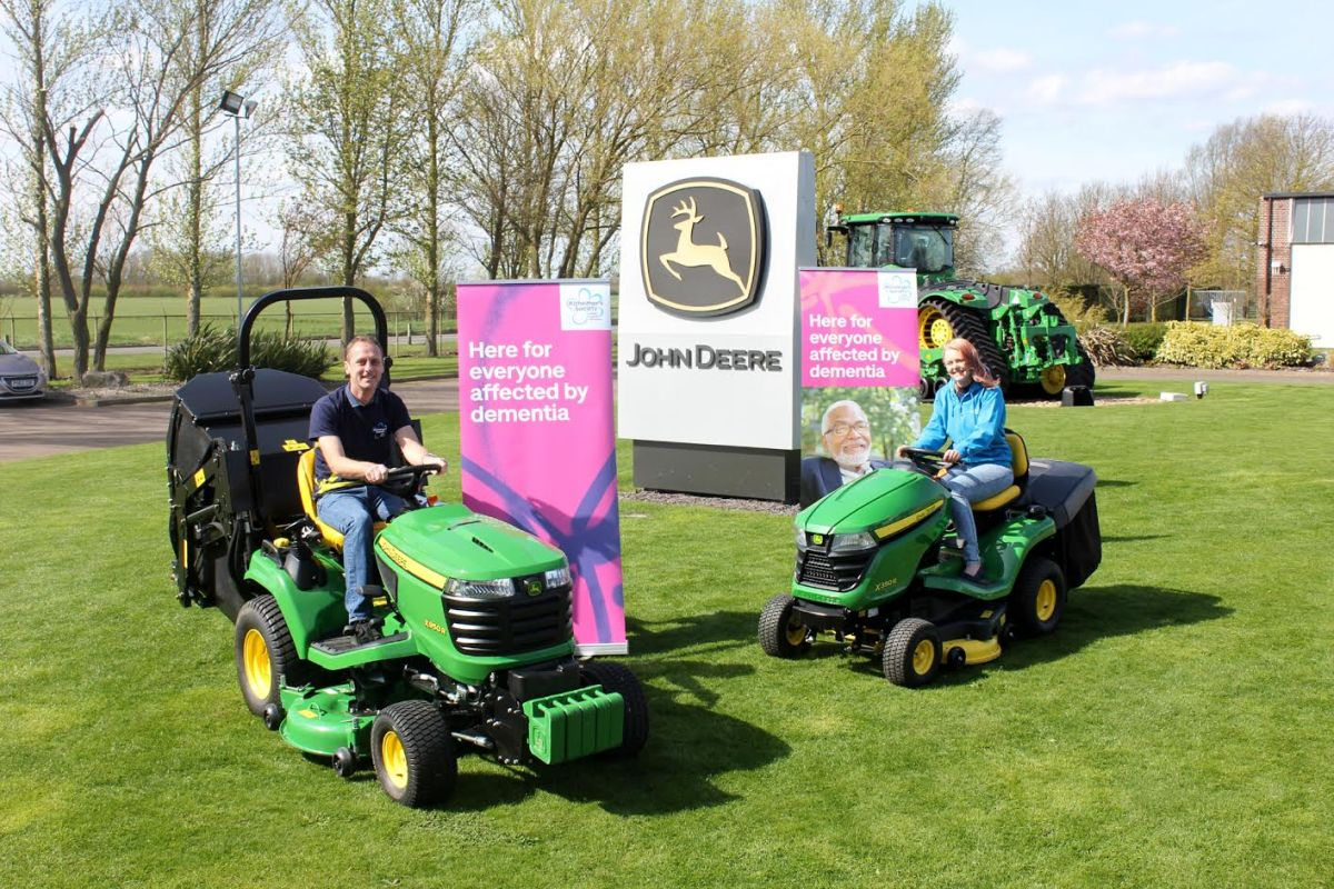 Driving a Deere for dementia: UK-length tractor ride aims to break World Record
