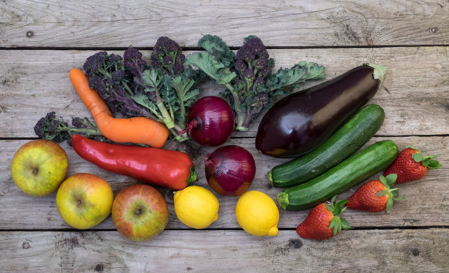 MPs urge supermarkets to sell 'wonky' vegetables to combat food waste