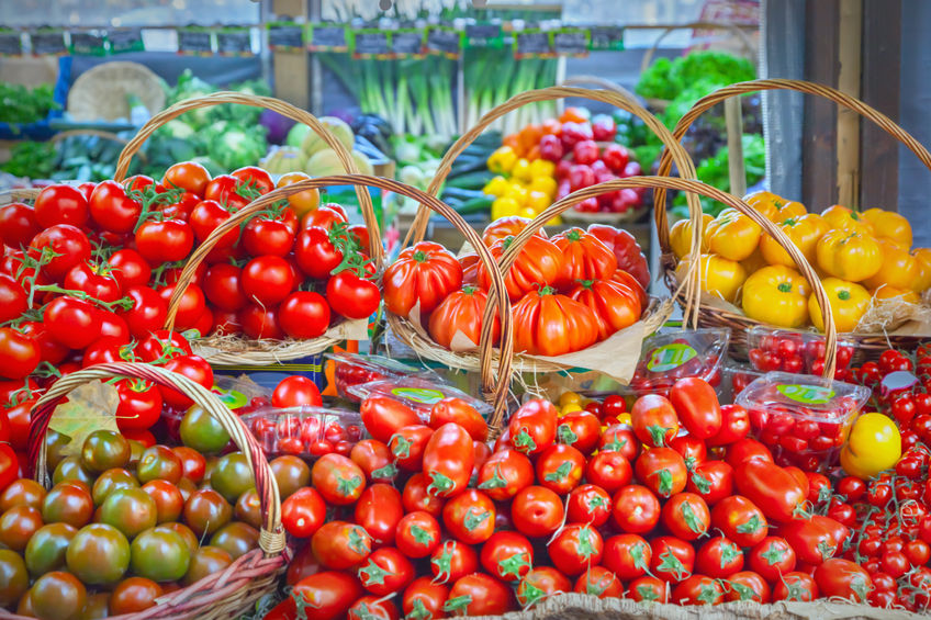 Support local produce for British Tomato Week, urge growers