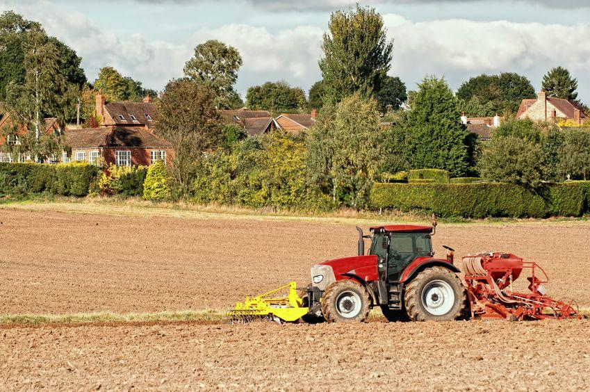 Organic farmland falls by more than three per cent