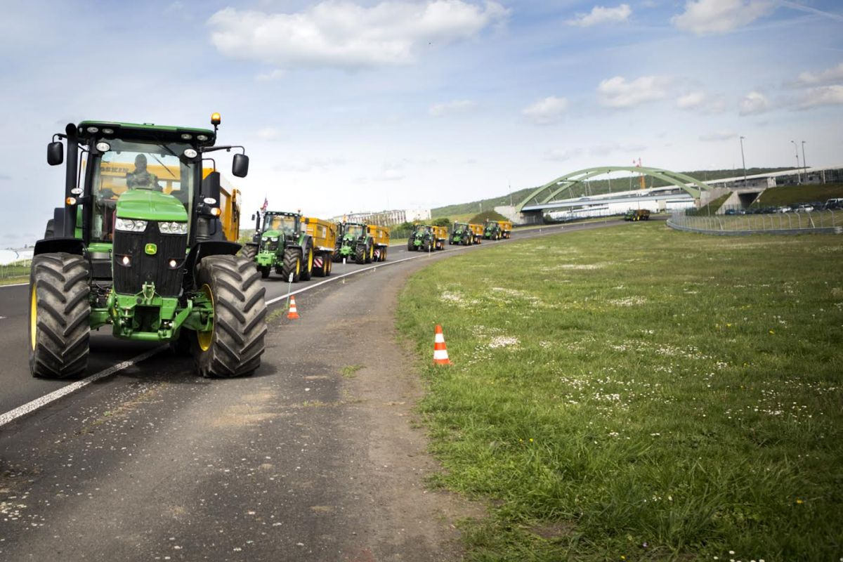 Northern Ireland farmer wins European tractor drivers' crown