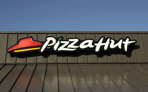 Papa John's and Pizza Hut go cage-free in the UK
