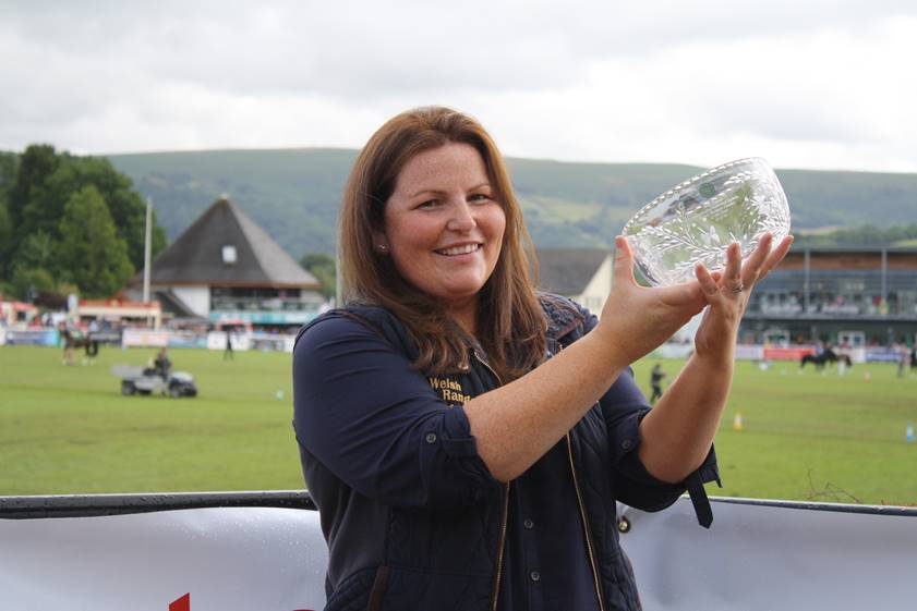 Poultry farmer announced as Welsh Woman Farmer of the Year