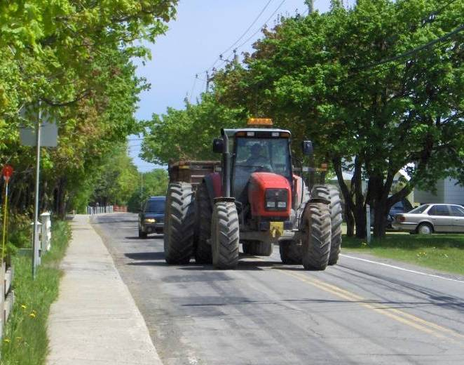 Agricultural tractors to remain exempt from roadworthiness testing