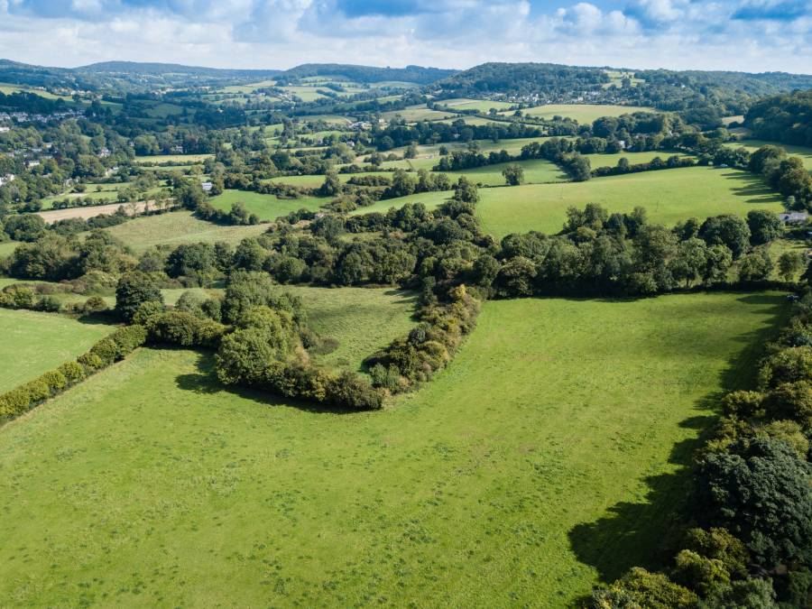 'Exceptionally rare' chance to buy 100 acre Cotswold farm attracts 'considerable' interest