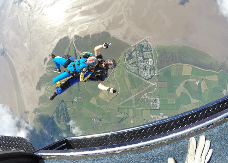 Free range egg family sky dives to raise money for 5 charities