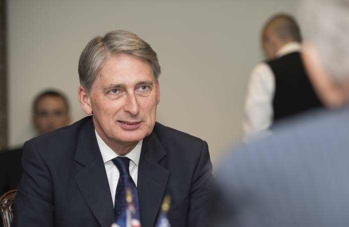 Pressure mounts on Hammond to use Budget to show support for farmers