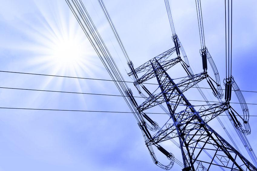 Farmers told to take care around overhead power lines as harvest approaches