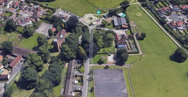 The traveller caravans pitched up next to Old Rectory Farm in Sheldon Country Park (Photo: Google)