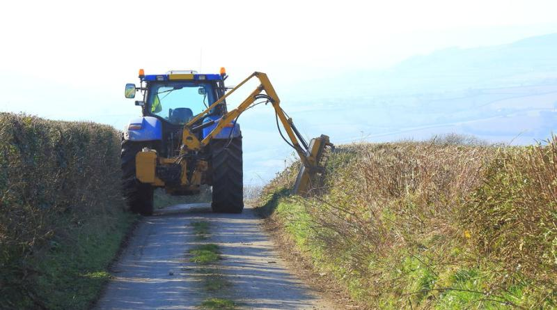 Hedge-cutting derogation reminder for farmers